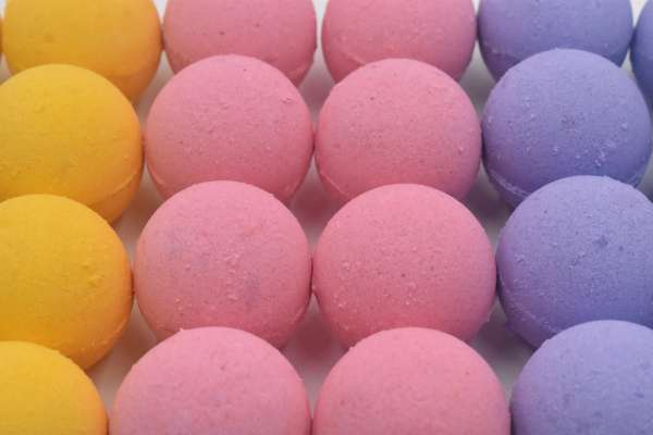 Bath Bombs for Fun & Relaxation