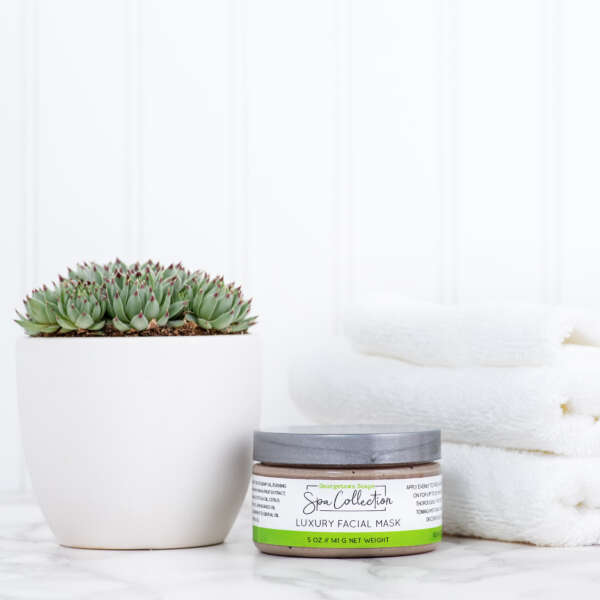 facial mask with essential oils